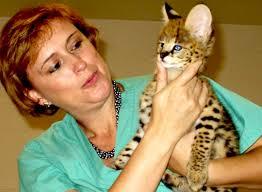 Martha Cecilia Gómez Lucena,  logró la primera clonación exitosa en gatos salvajes
